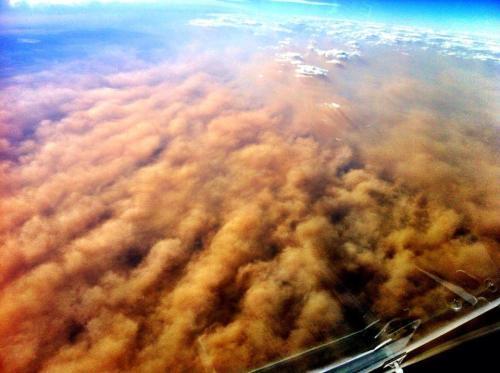 20121219-duststorm-fromplane